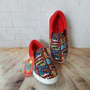Sepatu Cumose Comic